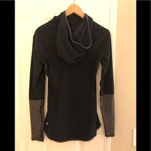 Lululemon long sleeved top
